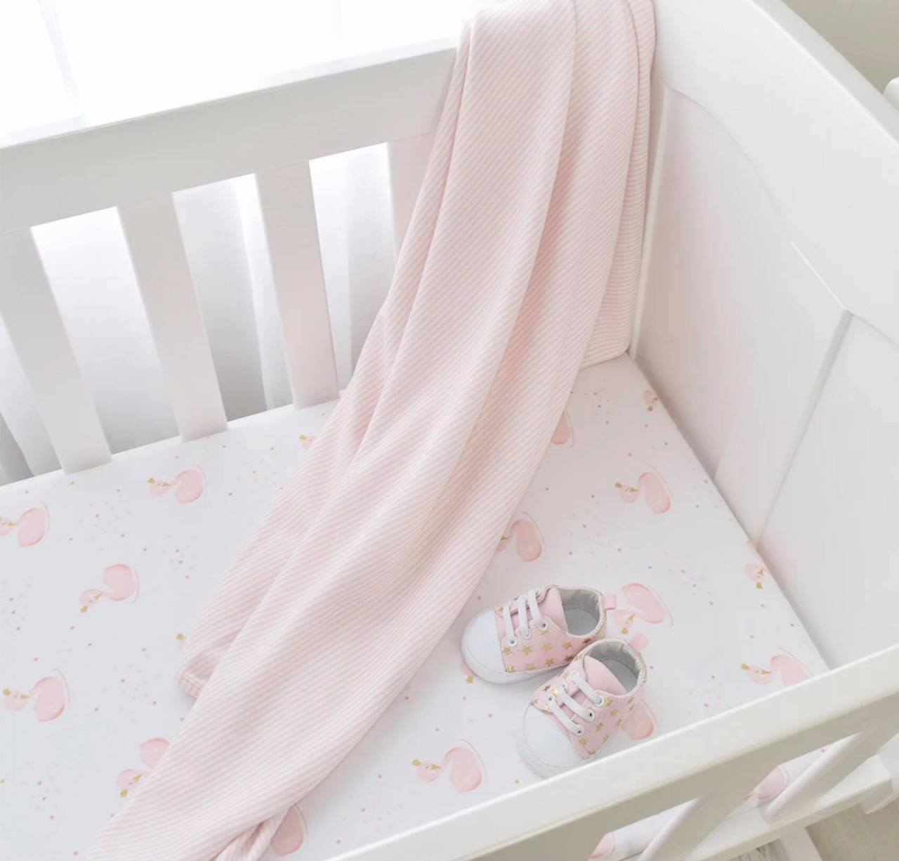 Swan cot Sheet – Styled