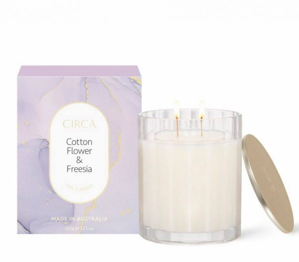 Cotton Flower and Freesia Candle